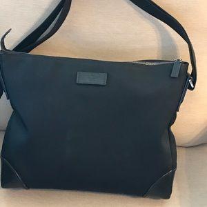 Gucci original beautiful black shoulder purse